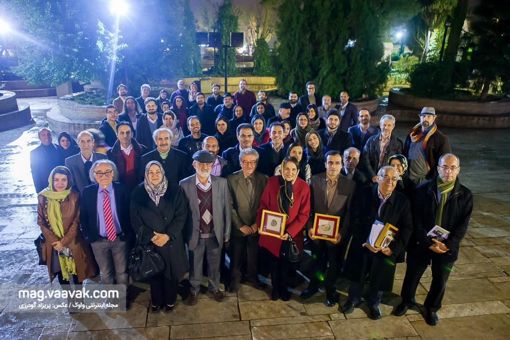 عکس یادگاری مراسم اهدای سومین جایزه چراغ
